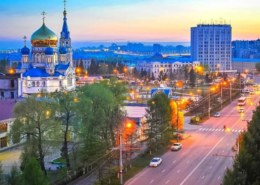 Какая численность населения в Омске на 2021 год?